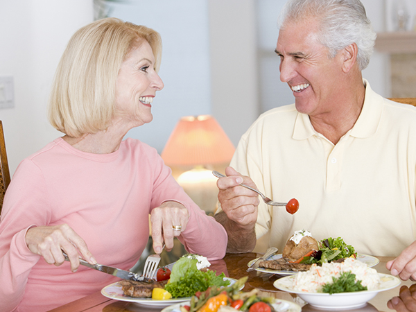 Xây dựng chế độ sinh hoạt lành mạnh để cải thiện tuổi mãn kinh