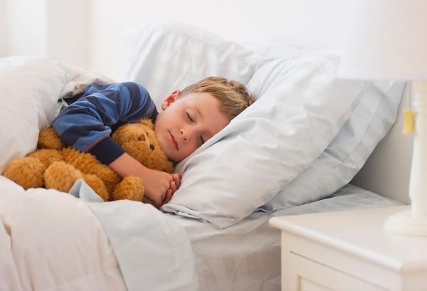 Nghiến răng là hiện tượng thường gặp ở trẻ nhỏ
