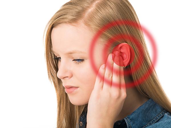 Ấn huyệt trị ù tai hiệu quả