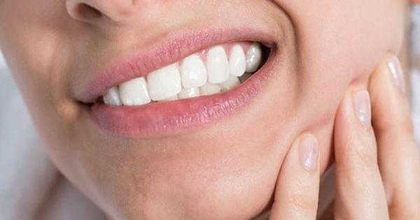 Có nhiều nguyên nhân gây ra ung thư nướu răng