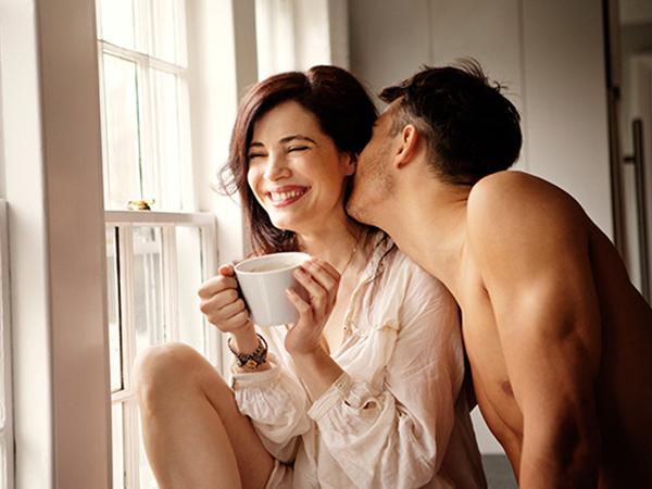 Phụ nữ 25-34 tuổi thích đàn ông chín chắn, có sự nghiệp và mạnh mẽ trong chuyện ấy