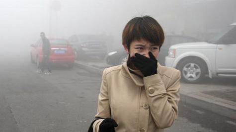 Ô nhiễm không khí khiến con người dễ mắc 9 căn bệnh này - Ảnh 9