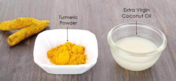 Mặt nạ dầu dừa và bột nghệ giúp làm dưỡng ẩm và làm sáng da.