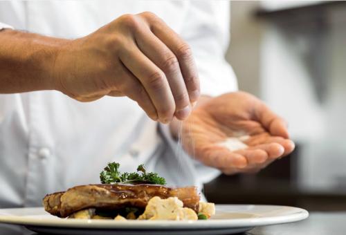 Cảnh báo: 8 thực phẩm gây hại cho thận bạn vẫn ăn hàng ngày - Ảnh 3