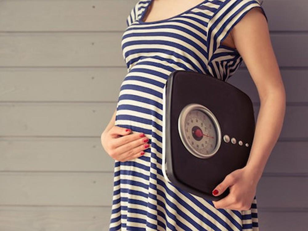 Chuyên gia mách chị em cách tăng cân an toàn theo từng thể trạng mẹ bầu trong thai kỳ - Ảnh 2