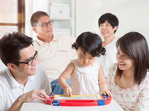 Mâu thuẫn nuôi dạy con giữa mẹ ruột, mẹ chồng và con dâu - Ảnh 2