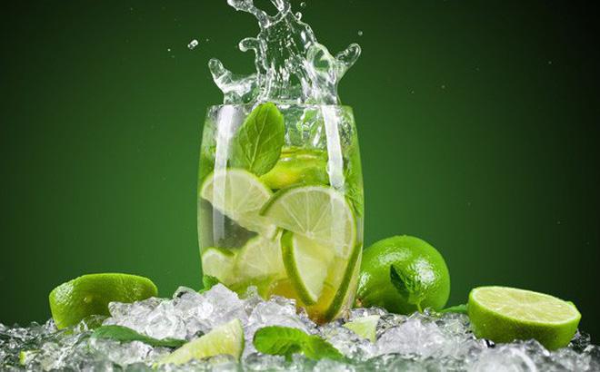 Nước chanh tươi là thức uống giải khát quen thuộc trong cuộc sống hàng ngày