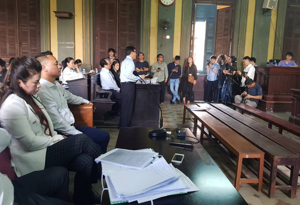 Vợ ông Đặng Lê Nguyên Vũ 'giữ nguyên yêu cầu ly hôn' - Ảnh 2