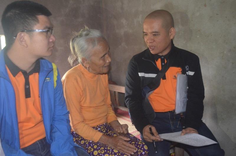Số phận bi đát của người đàn bà mù hơn 70 năm sống cô quạnh trong căn nhà nhỏ bên cánh đồng - Ảnh 4