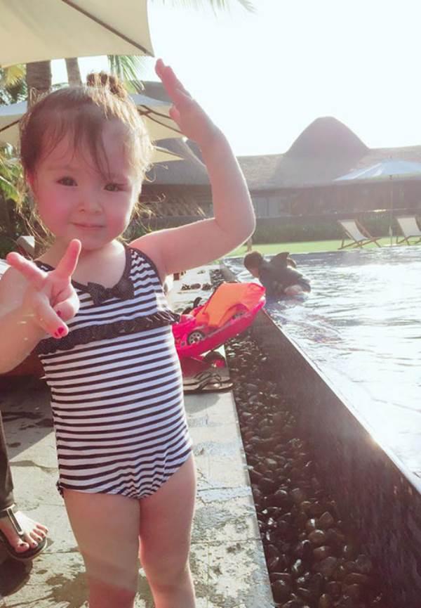 Lâu lắm Elly Trần mới khoe ảnh Cadie, nhiều người ngỡ ngàng vì cô bé đã quá lớn - Ảnh 5