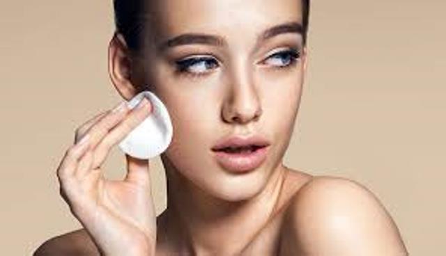 Cách nhận biết và chăm sóc làn da dầu - Ảnh 1