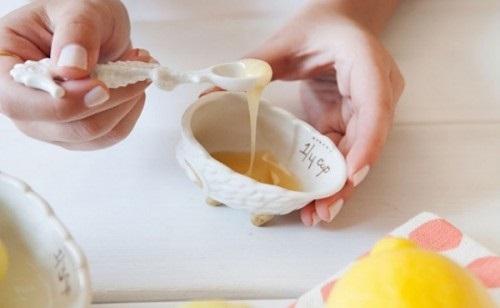 Bí quyết của phụ nữ Nhật: Thoa hỗn hợp này tuần 1 lần, da trắng mịn và căng mọng như em bé - Ảnh 2
