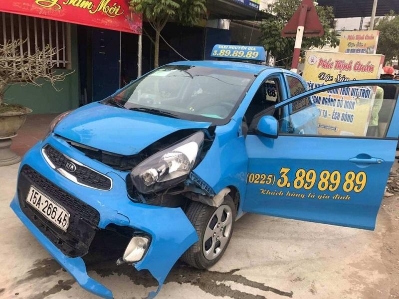 Đâm 2 HS tử vong, ô tô bỏ chạy gây tai nạn liên tiếp - Ảnh 4
