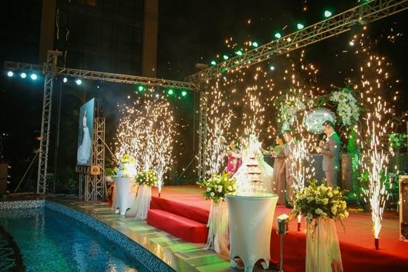 Ngọc Trinh, Vũ Khắc Tiệp cùng loạt sao Việt dự lễ cưới của Nhật Thủy Idol và bạn trai đại gia hơn 14 tuổi - Ảnh 3