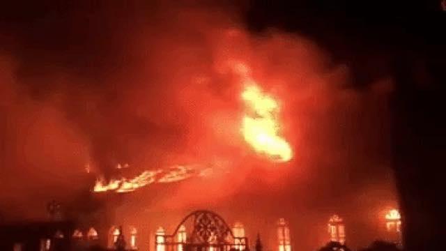 Fan nhiệt tình ủng hộ khi Mr.Đàm 'kêu cứu' giúp nhà thờ bị cháy - Ảnh 2