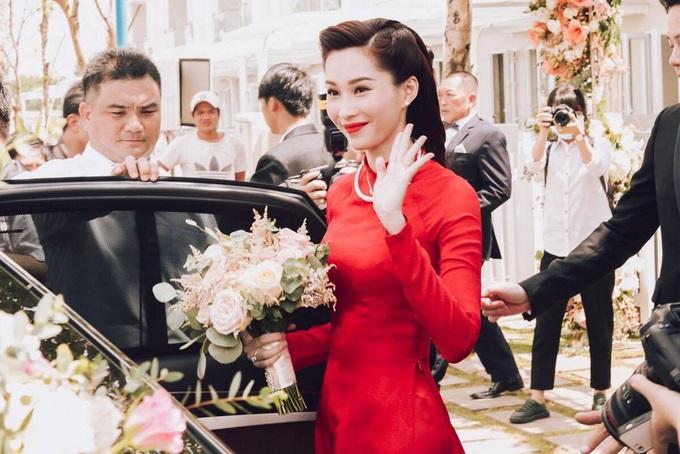 Một năm hỷ sự, sao Việt nào mặc đồ truyền thống đẹp nhất - Ảnh 2