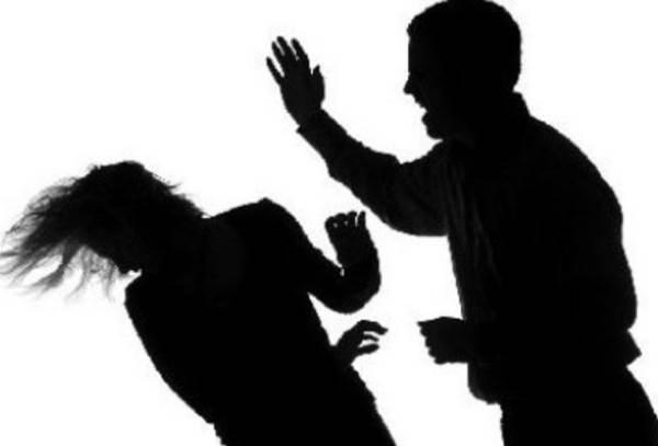 Đôi vợ chồng chặn đánh nam thanh niên đến xuất huyết não ở Sài Gòn - Ảnh 1