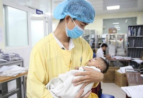 Ca mổ kéo dài 7 giờ sửa chữa trái tim cho bé trai - Ảnh 2