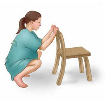 10 tư thế giảm đau khi chuyển dạ mà mẹ bầu cần biết   - Ảnh 7