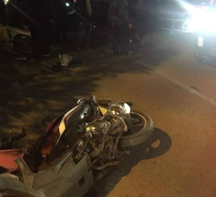 Clip nữ tài xế đi ô tô Lexus tông liên hoàn ở Hà Nội, nhiều người bị thương la liệt - Ảnh 4