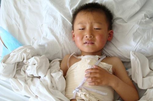 Những dấu hiệu đặc trưng của bệnh tim bẩm sinh ở trẻ - Ảnh 1