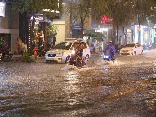 Dự báo thời tiết ngày 25/10: Khu vực Nam bộ, Nam Trung bộ chuyển mưa nhiều - Ảnh 1