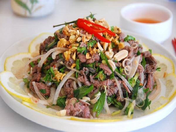 Thịt bò tái chanh là món ăn vừa bổ dưỡng vừa ngon miệng