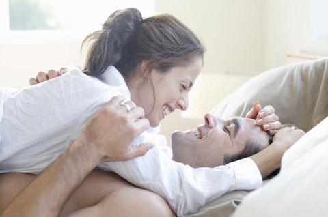 """Sự chia sẻ và tìm thấy sự đồng điệu trong """"chuyện ấy"""" là điều cần thiết cho một mối quan hệ lâu dài"""