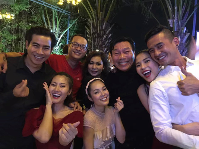 Trương Nam Thành làm đám cưới với vợ đại gia hơn 15 tuổi trong đêm Giáng sinh - Ảnh 2