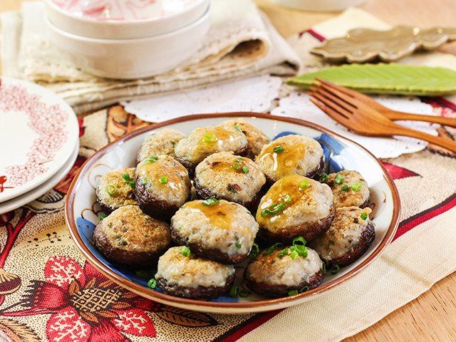 Cá nhồi nấm đơn giản, ngon cơm - Ảnh 3