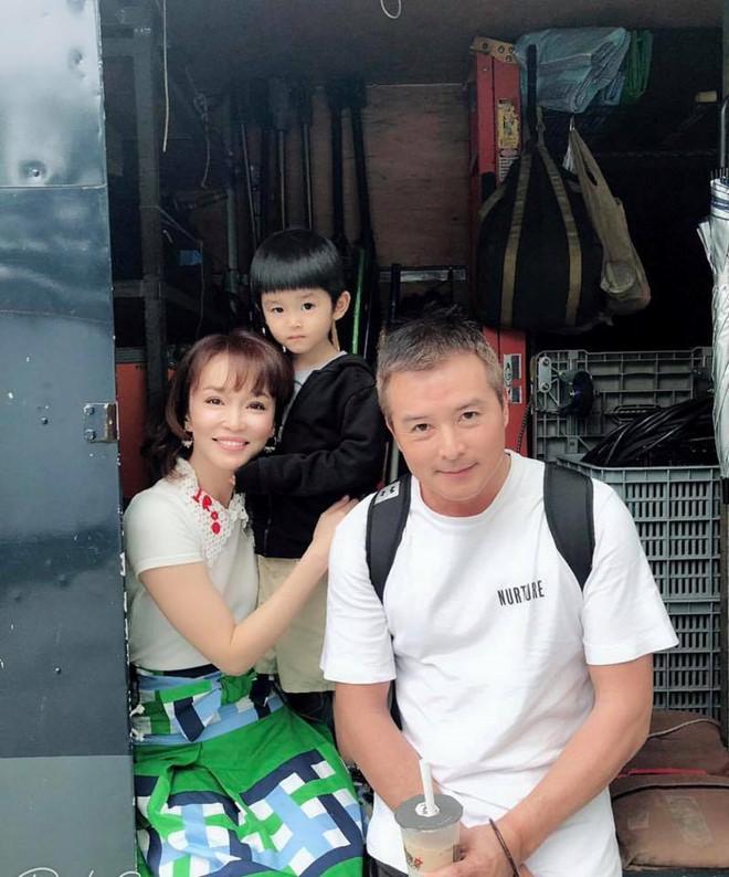 20 năm ngọt ngào của 'Quá nhi, cô cô' Phạm Văn Phương, Lý Minh Thuận - Ảnh 11