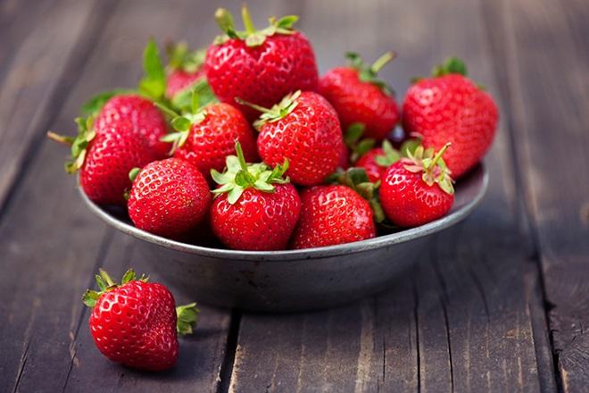 Chỉ trong vòng 1 tháng da sẽ bật tông trắng mịn nếu bạn chăm ăn 6 loại trái cây này - Ảnh 6