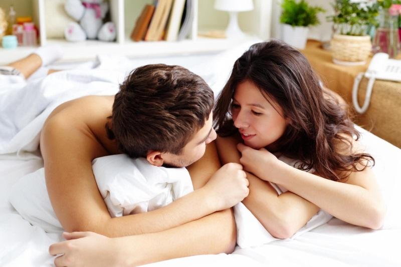 Đây chính là lý do vì sao bạn nên 'yêu' trước khi đi ngủ  - Ảnh 1