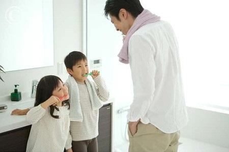 Cách dạy trẻ tự làm vệ sinh cá nhân - Ảnh 2
