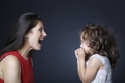 Những câu nói cha mẹ nên dùng khi dạy con bướng bỉnh - Ảnh 1