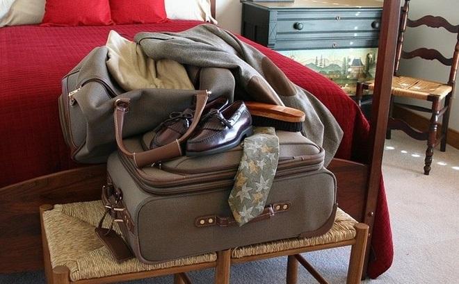 Vào phòng khách sạn đừng vội đặt hành lý lên giường nếu không muốn rước họa vào thân - Ảnh 1
