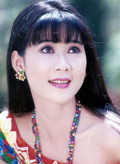 Những kiểu tóc tưởng du nhập từ Hàn Quốc thì ra đã gây sốt ở Việt Nam từ thời các dì, các mẹ - Ảnh 3