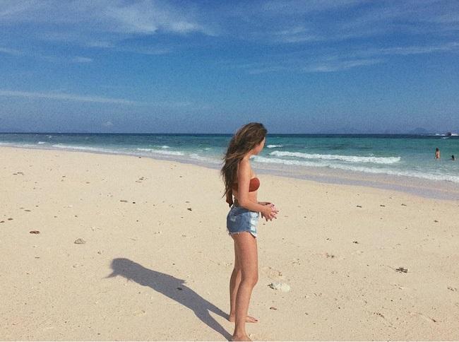 Diện đồ đi biển thế này thì đảm bảo rằng ai cũng phải ngước nhìn - Ảnh 2