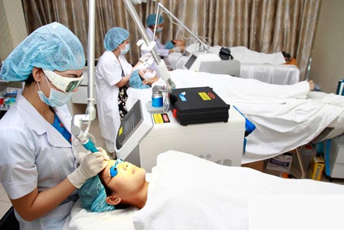 Dùng phương pháp Laser CO2 Fractional mang lại hiệu quả điều trị cao cho bạn.