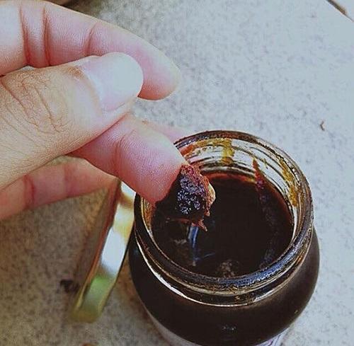 Bí quyết làm đẹp, trị mụn với cao mướp đắng và rượu, mật ong hiệu quả
