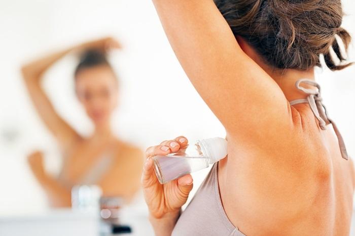 3 sai lầm khi sử dụng lăn khử mùi khiến cơ thể càng 'bốc mùi' - Ảnh 1