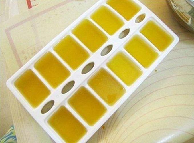 Trộn vitamin E với 2 thứ này rồi cho đông đá, công thức giúp da trắng hồng, sạch thâm nám sau 1 tuần - Ảnh 1