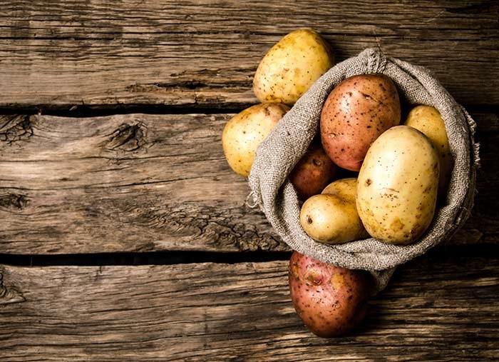 Dưỡng trắng da toàn thân tự nhiên bằng khoai tây đơn giản tại nhà