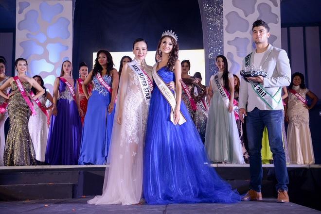 Bị chỉ trích khi tham dự Hoa hậu Quý bà Hòa bình Thế giới 2017, Dương Yến Ngọc khiến nhiều người câm nín vì làm được điều này - Ảnh 2