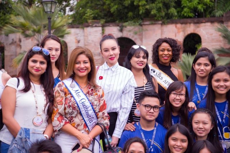 Bị chỉ trích khi tham dự Hoa hậu Quý bà Hòa bình Thế giới 2017, Dương Yến Ngọc khiến nhiều người câm nín vì làm được điều này - Ảnh 6