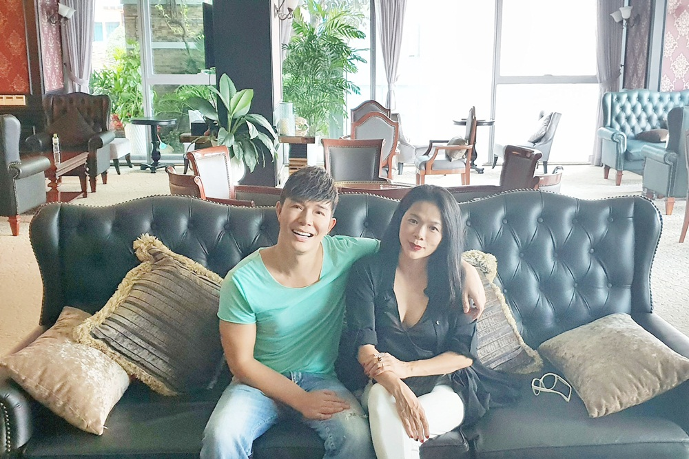 Mỹ Lệ thích thú khám phá villa 2 triệu USD xa hoa bậc nhất Sài thành của Nathan Lee - Ảnh 5