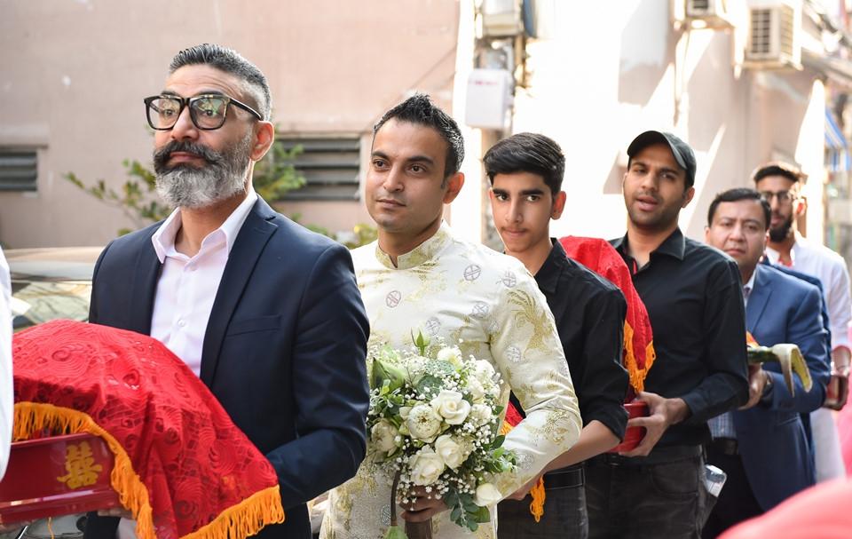 'Lóa mắt' nhìn Võ Hạ Trâm đeo vàng nặng trĩu trong hôn lễ cùng chồng doanh nhân Ấn Độ - Ảnh 2