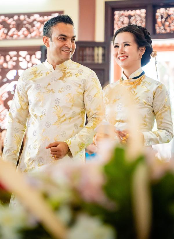 'Lóa mắt' nhìn Võ Hạ Trâm đeo vàng nặng trĩu trong hôn lễ cùng chồng doanh nhân Ấn Độ - Ảnh 3