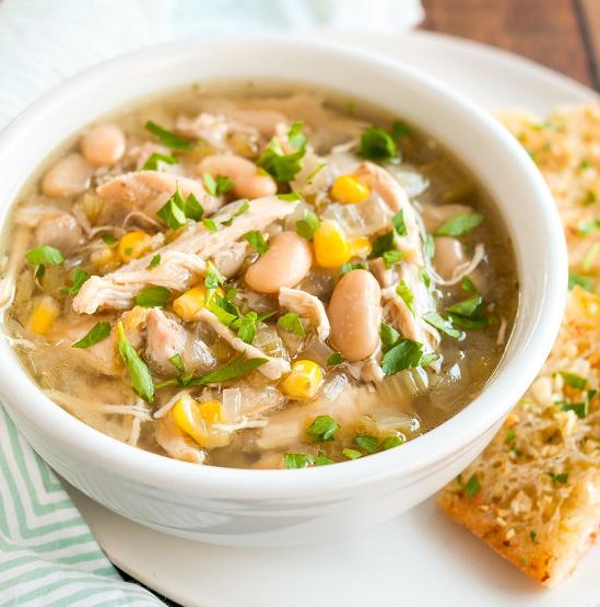 Món canh đậu nành nấu cải trắng khô có tác dụng thanh nhiệt, khử thấp, rất tốt cho người bị viêm gan