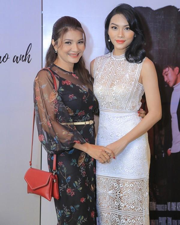 Con gái nhà sao Việt thừa hưởng nhan sắc từ bố mẹ, dự đoán là hoa hậu tương lai - Ảnh 7